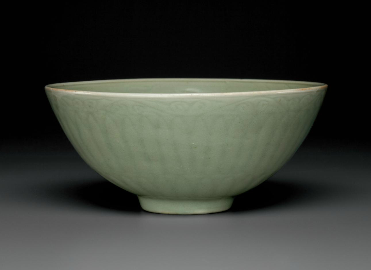 A Longquan celadon lianzibowl, Ming dynasty, 14th century