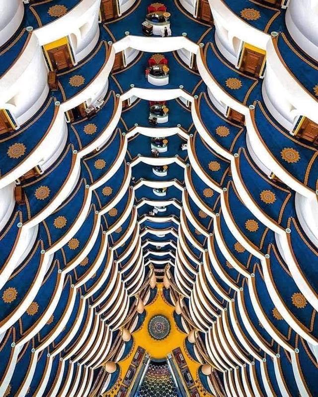 فندق برج العرب من الداخل