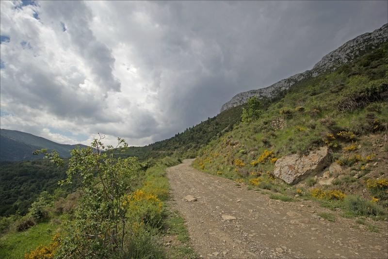Haut Aragon juin 2017 J1 Bestue GA 3 piste nuages noirs