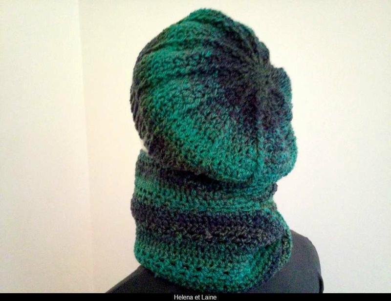 ensemble snood et bonnet vert-bleu1