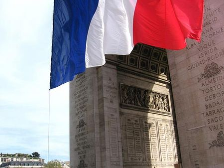 arc_de_triomphe_drapeau_flag_france