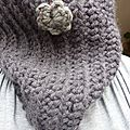 Snood gris au crochet