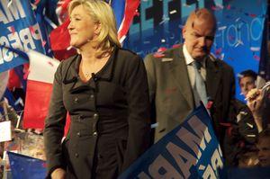 Marine Le Pen à Rouen 15012012 a