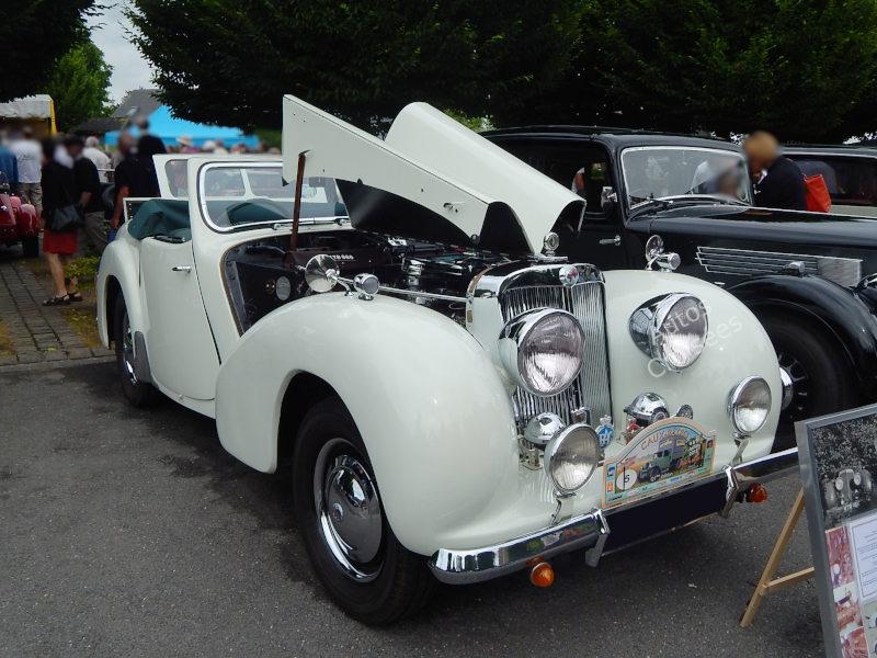 TriumphTR2000av3