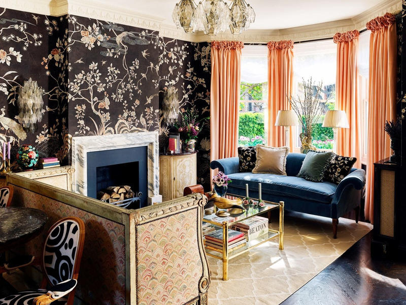 Colorful wallpapered home in London photos by Douglas Friedman (4)