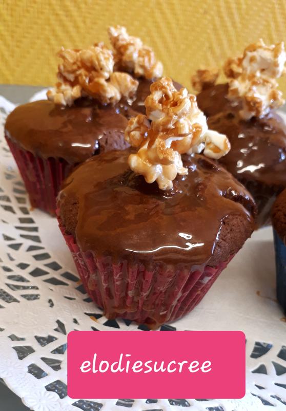 Cupcakes au chocolat, coulis de caramel au poivre du Sichuan 098
