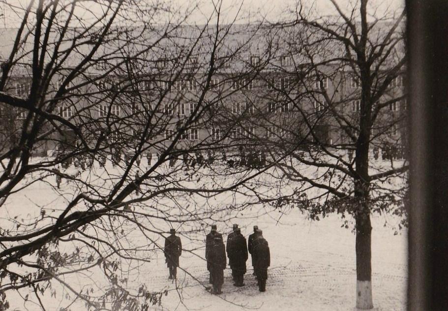 1964 Cérémonie 11-11-1964-004 Minute de Silence