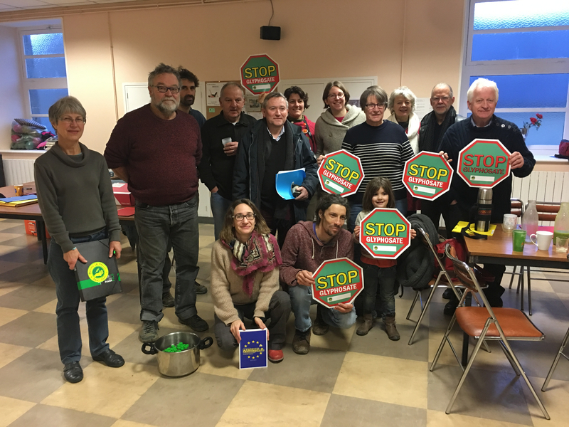campagne_stop_glysophate_Avranches_pissage_pisseurs_prélèvement_urine_volontaires_Faisons la Manche sans OGM_février_2019