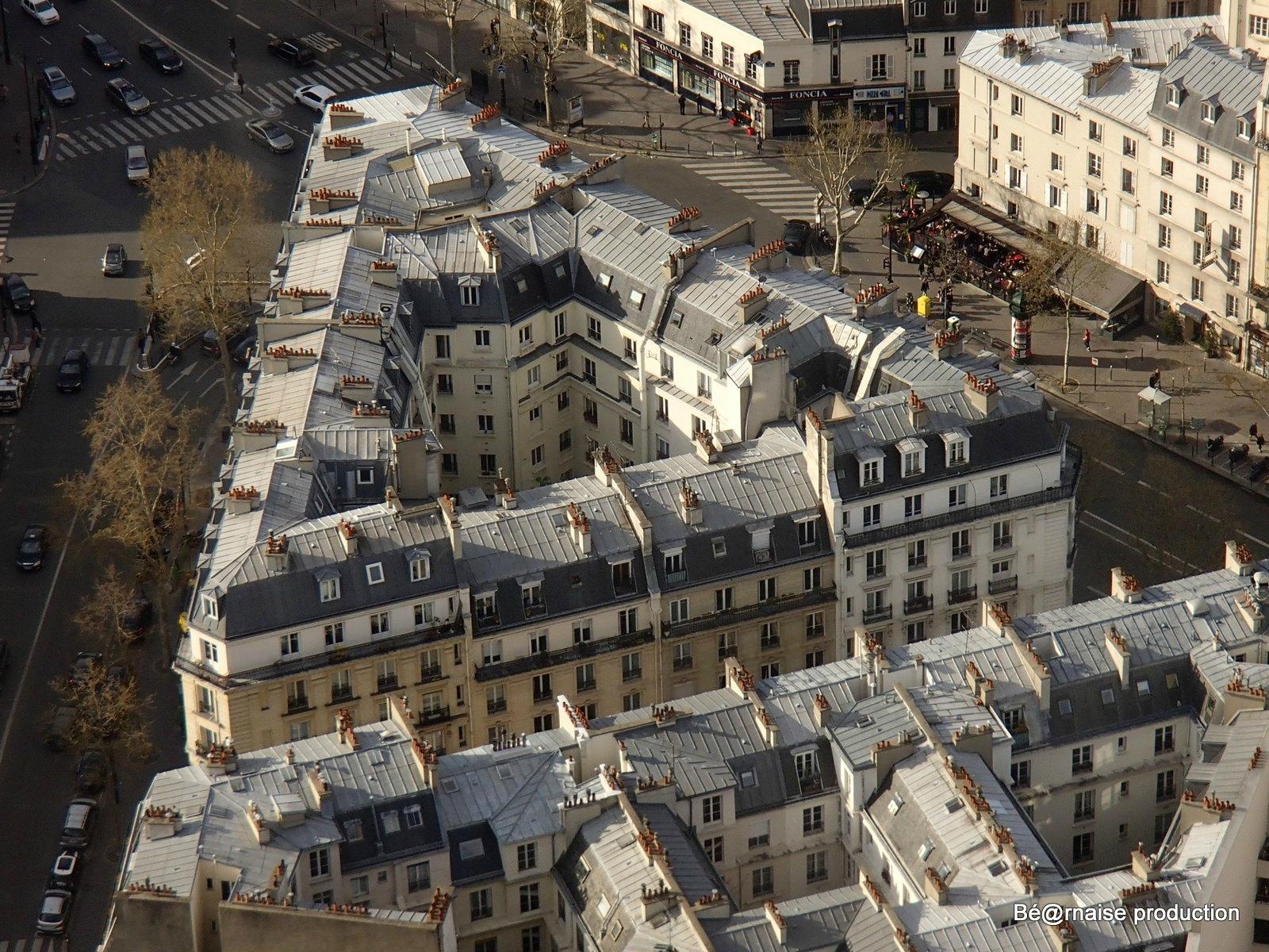 Architecture en triangle (Paris, avril 2013)