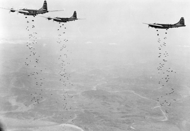 b-29s_98th_bgm_bombing_target_in_korea_1951