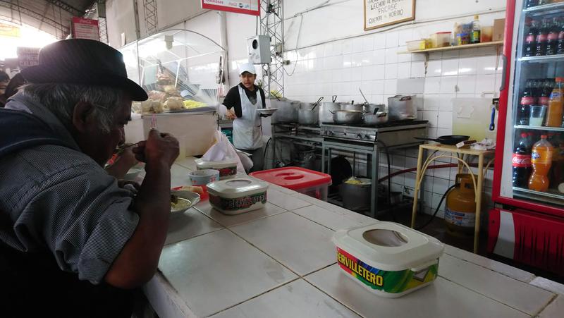 comedor popular Mercado Los Pozos