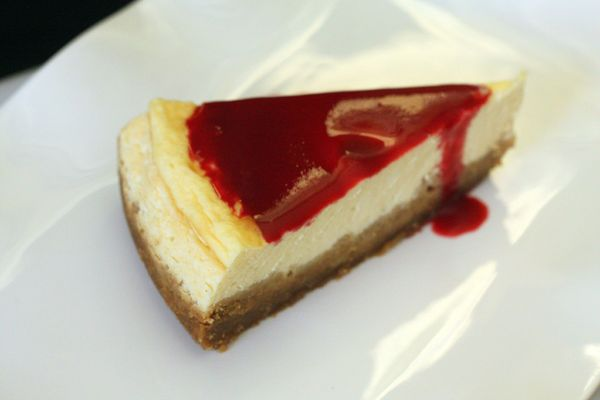 cheesecake coulis de framboise chez requia
