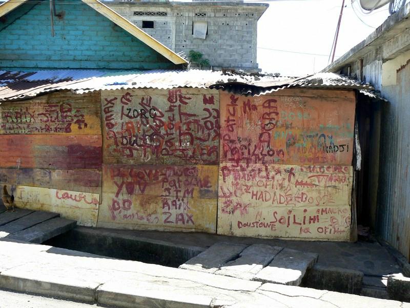 Kawéni graffiti (1)