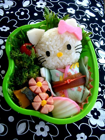 hello_kitty_bento_3