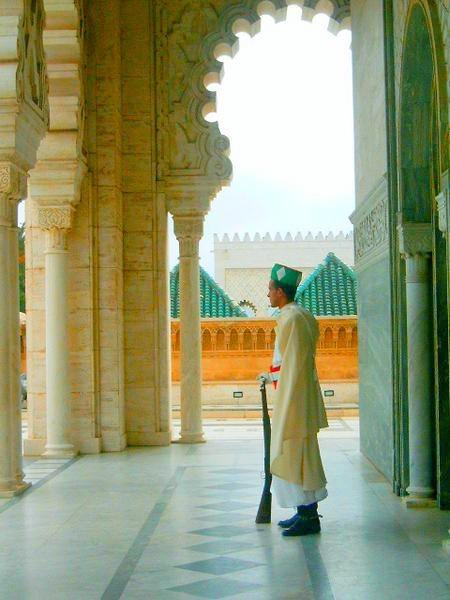 Un gadre-Mausolee Mohammed 5 & Hassan 2 Rabat