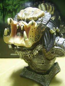 Predator_Unmasked_micro_bust3