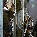 La Vierge à l'Enfant (XIVe) et saint Michel terrassant le dragon (XVIIe) dans l'église de Pont-de-l'Arche