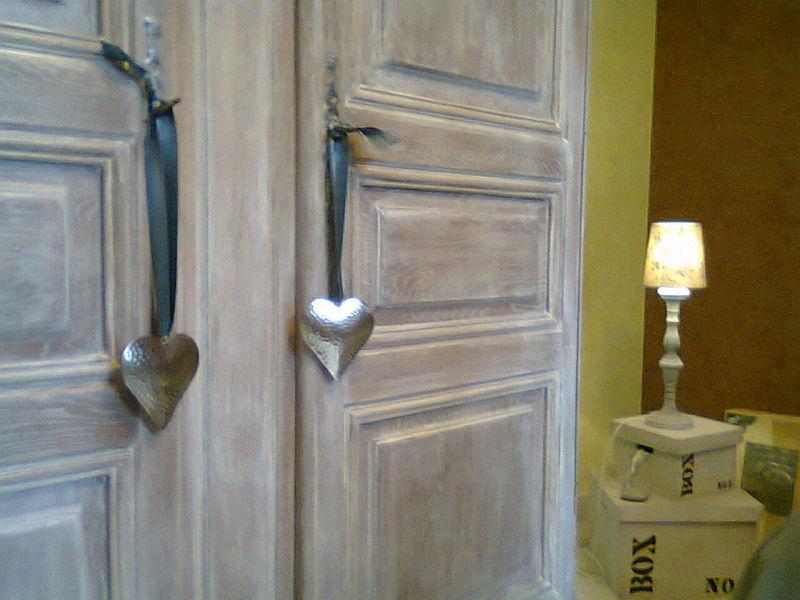 armoire cérusée