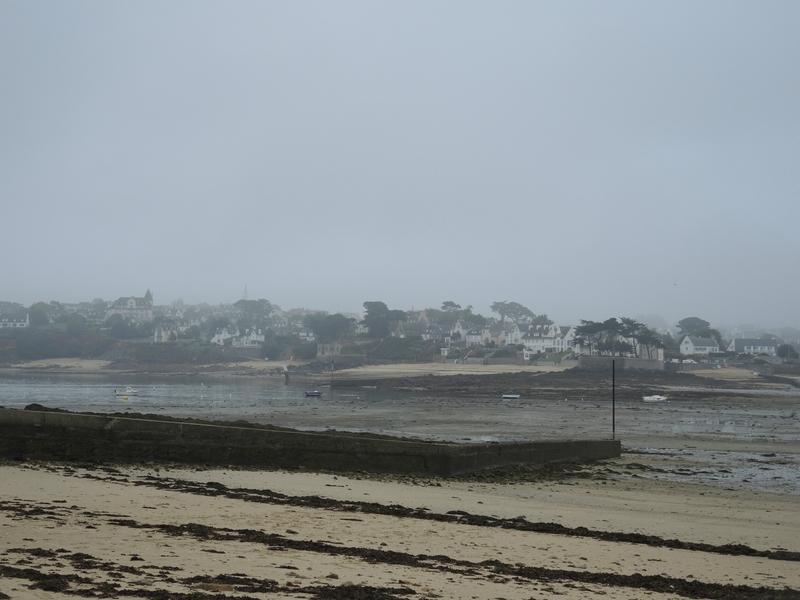 Carantec, dans le brouillard (29)