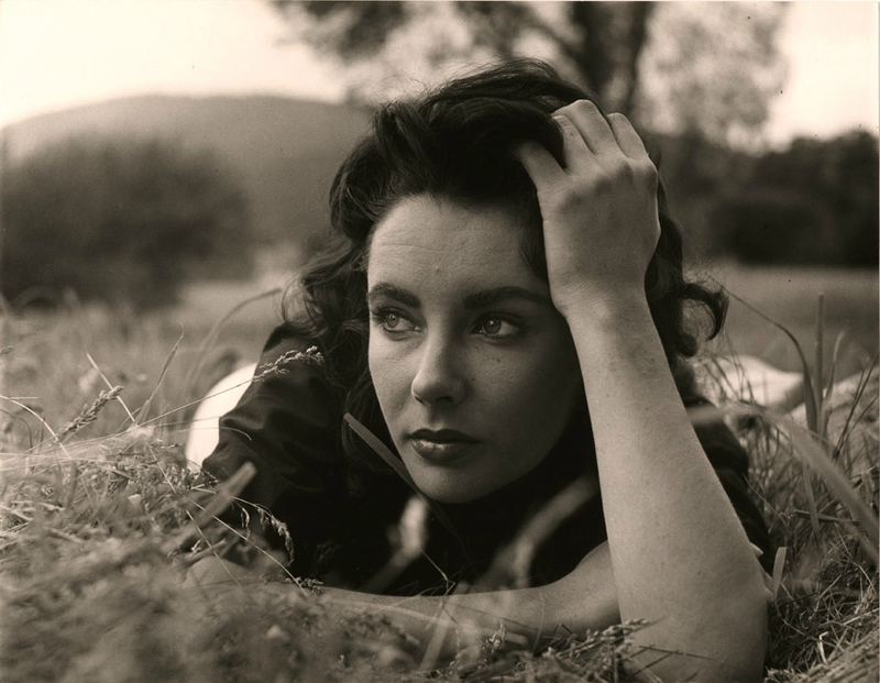 1956-liz_taylor_by_peter_basch-in_virginia_for_giant