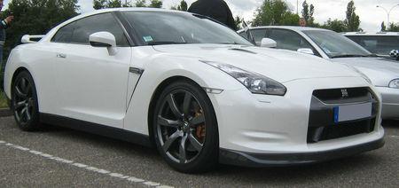 Nissan_skyline_GTR__Rencard_Vigie__01