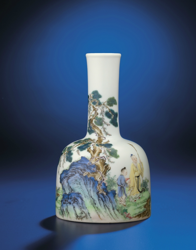 An important and very fine inscribedfalangcai enamelled 'Lofty mountain' mallet-shaped vase, Yongzheng-Qianlong period (1723-1795)