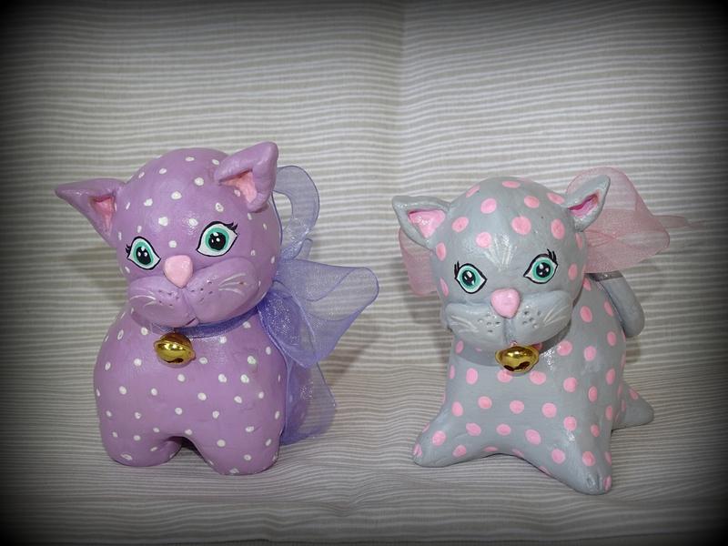 chats mauves et gris