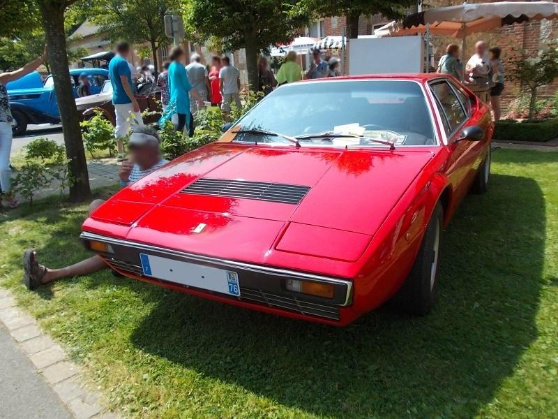 FerrariDino308GT4av