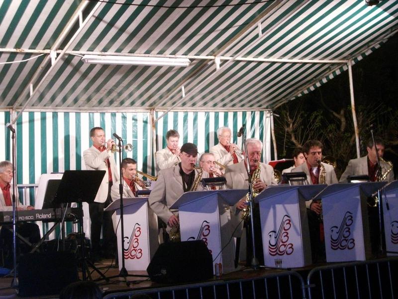big band cote basque fête à bibiberaurivage 2009 002