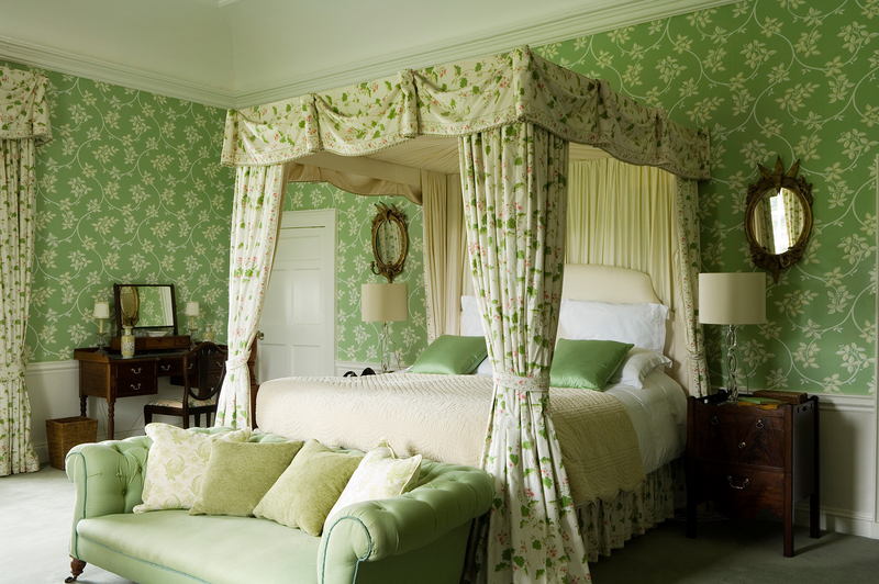 green-country-bedroom