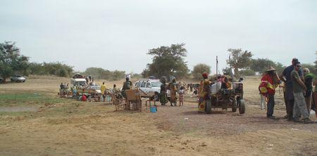 File d'attente au bac du Bani DJENNÉ Mali