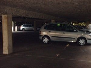 Parking souterrain privé fin