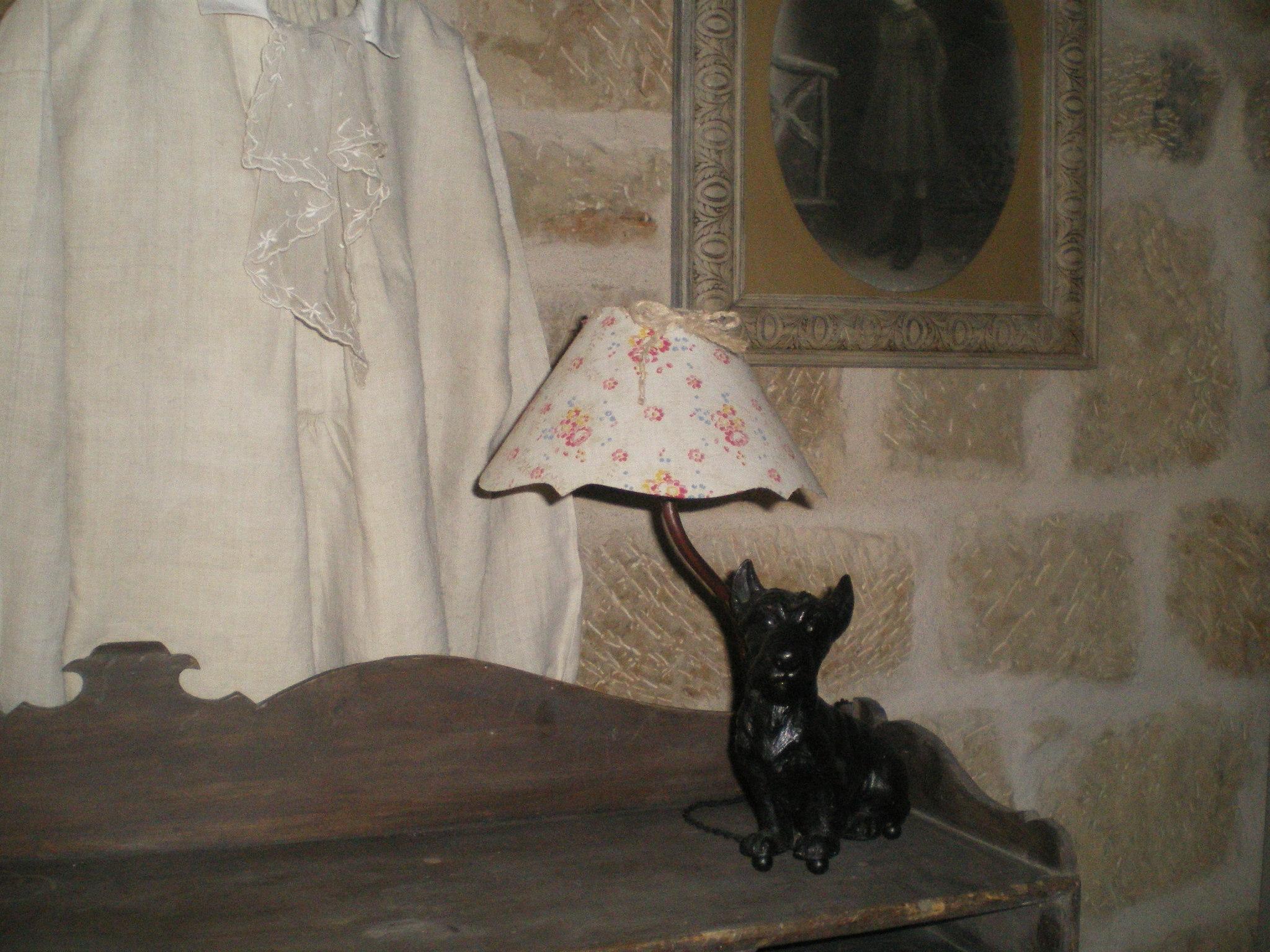 Lampe d'appoint chien !