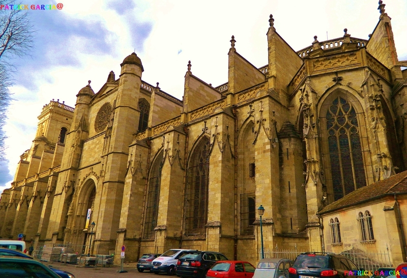 AUCH CATHEDRALE EXT 092b copie