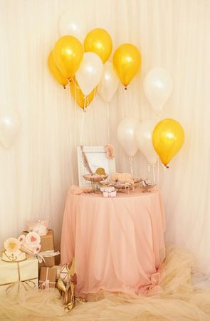 girly-frilly-wedding