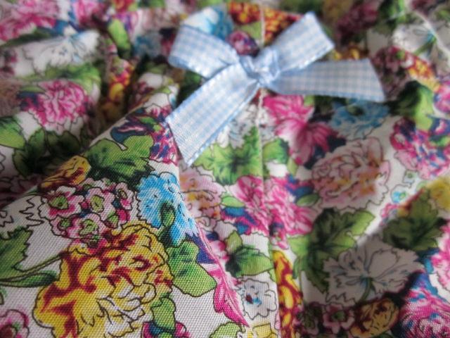 Culotte BIANCA en coton fleuri jaune rose turquoise - noeud de vichy ciel (1)