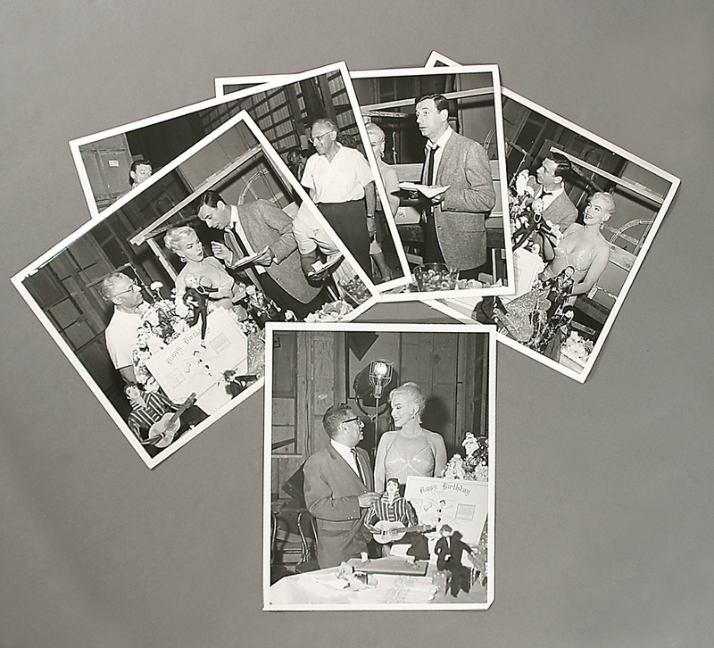1960-06-01-on_set_LML-birthday_of_MM-various-1