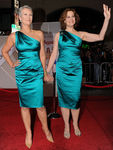 JAMIE_LEE_CURTIS_SIGOURNAY_WEAVER_DRESS_PREMIERE
