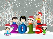 joyeux-noël-et-bonne-année-avec-les-enfants-heureux-47715197
