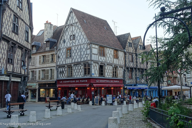 rue place