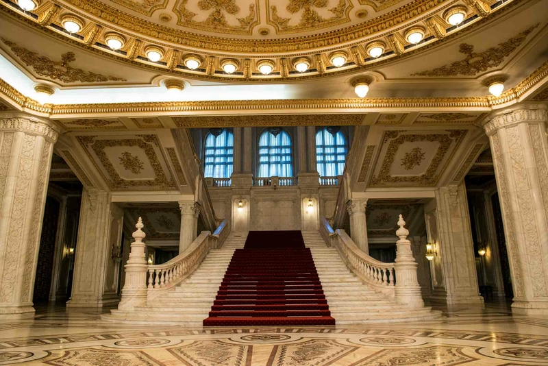 grand-stairway-2-parliament-palace-bucharest-romania