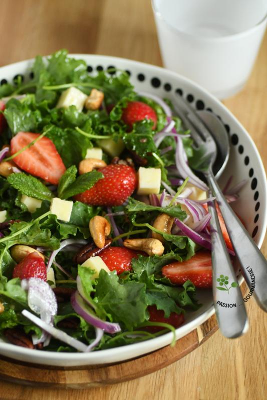 Salade jeunes pousses de chou kale & fraises_3