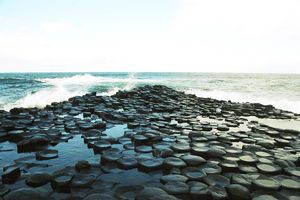 giants_causeway_two