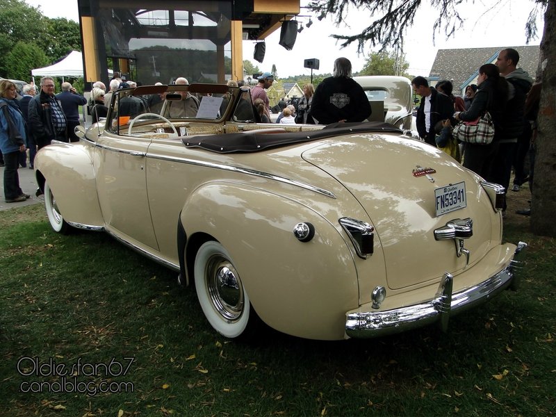 chrysler-new-yorker-convertible-1941-02