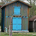 C'est une maison bleue.....