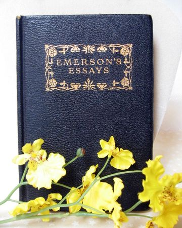Emerson_Essays_book
