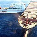Collision - corse navires !...