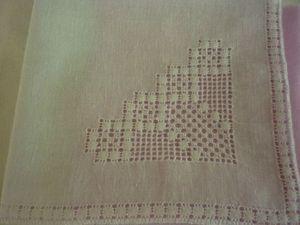 mouchoir 2 eventail avec bords pavés