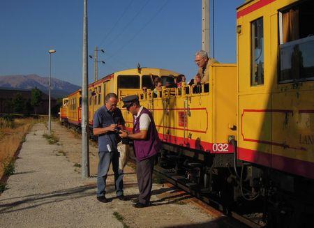 Ti train jaune 069