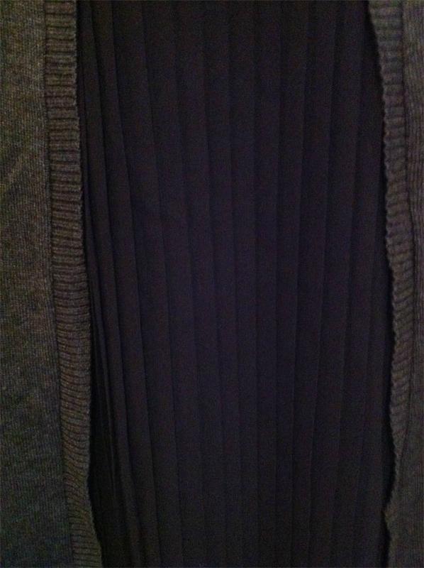 pull-gris-plissé